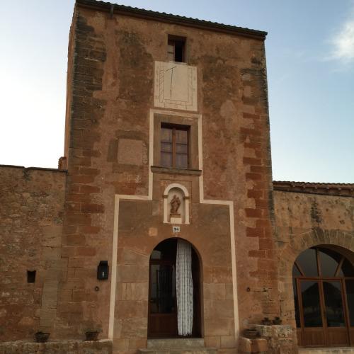 カーサ・マノロから近くにあるホテル「ソン・コスメット」はオススメ。16世紀にコスメット家が所有していた農地と作業場であった建物を15年前に改装オープンした