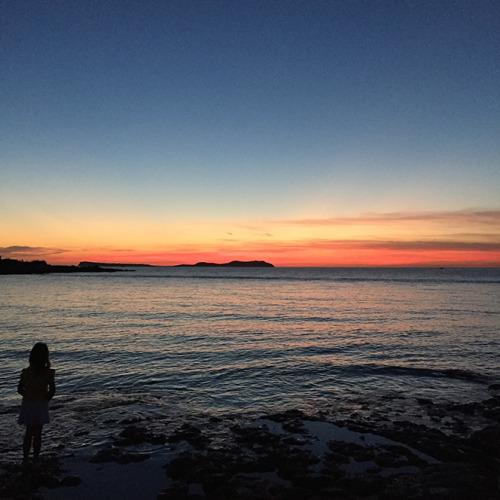 サンセット・アシュラムで見える夕焼けがこちら。透き通った感じが伝わるでしょうか