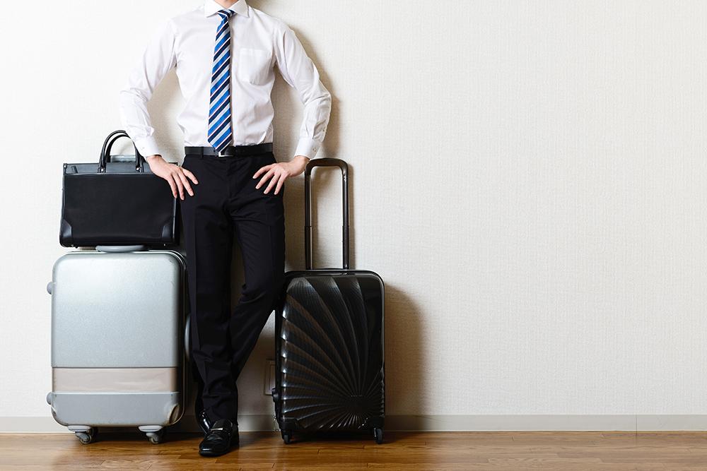 5a4fcc9c6b 出張の際、悩みどころなのがバッグ選び。出張の期間や内容などによって、どんなバッグが最適なのかは異なります。今回は、出張時のビジネスバッグの選び方を考えてみま  ...